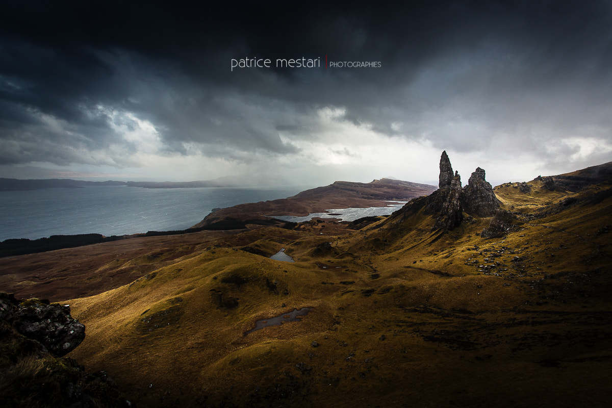 Photograph La tempête approche - Old Man Of Storr - Scotland by Patrice MESTARI on 500px