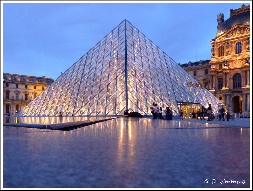 Photograph Lights of Louvre by Daniele Cimmino on 500px