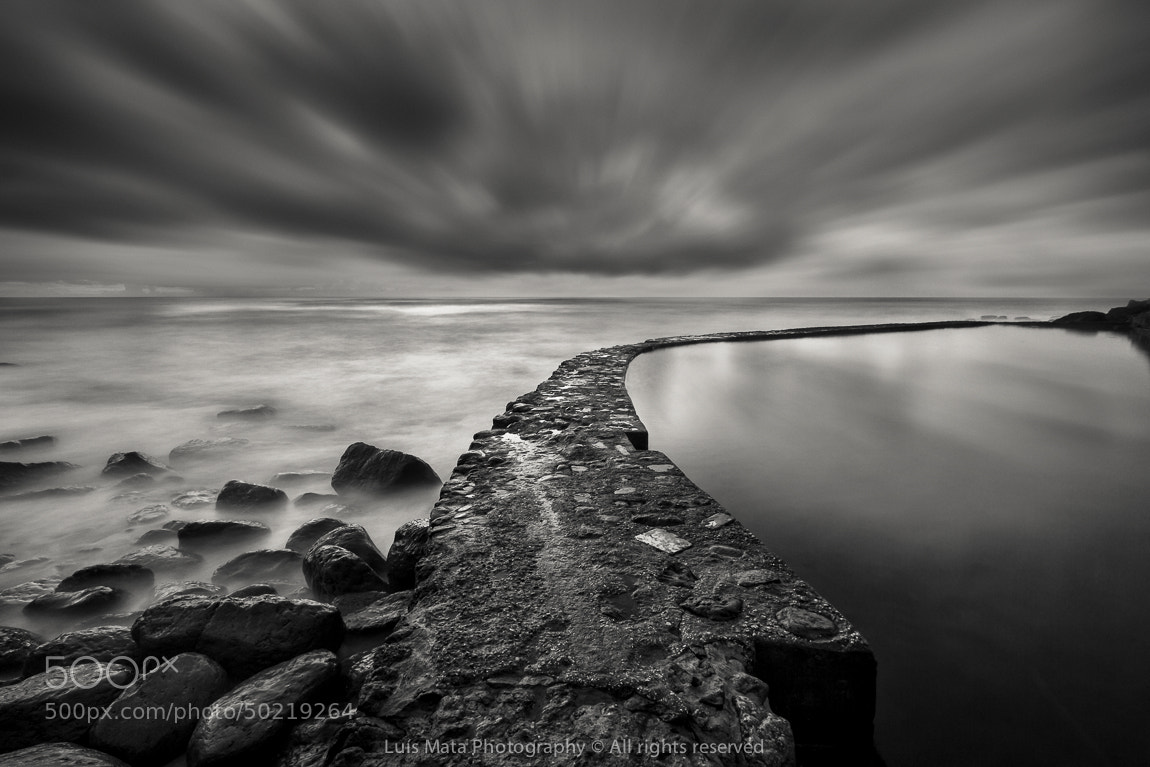 Photograph The wall by Luis Mata on 500px
