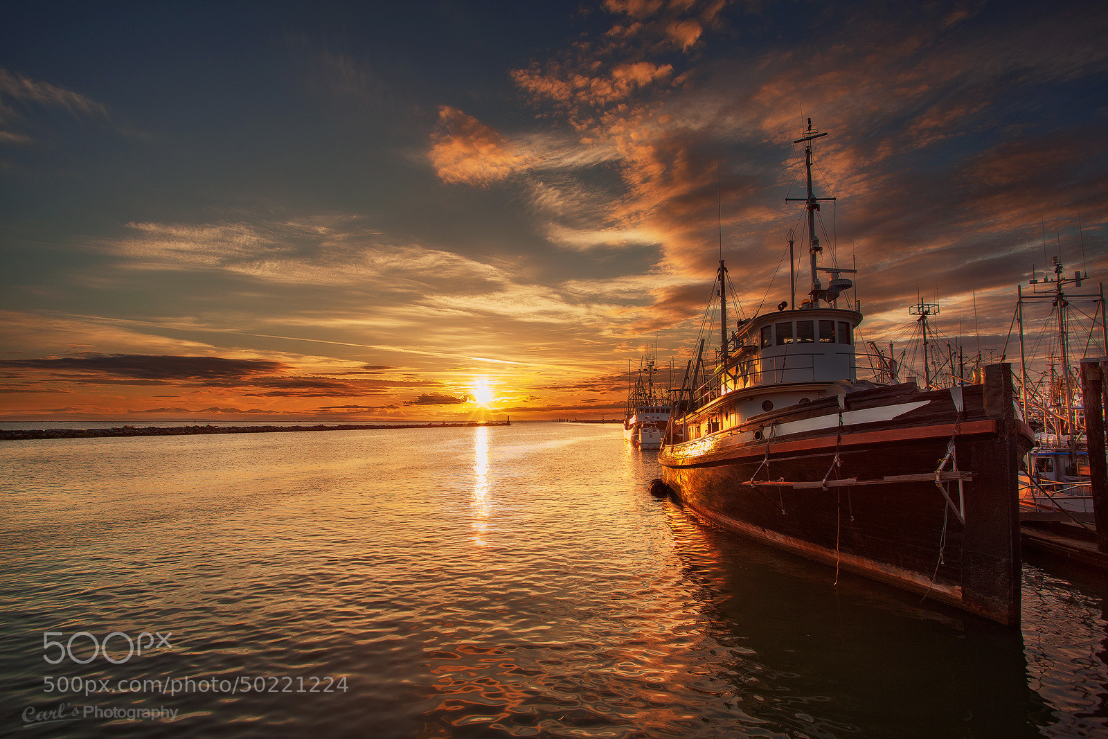 Photograph Sunset at Fisherman's Wharf by Carl Pan on 500px