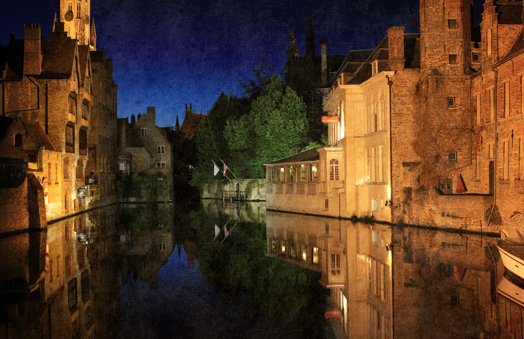 Photograph night in Brugge by Katerina Bim on 500px