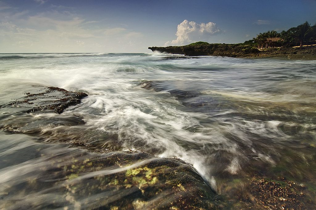 Photograph WAVESCAPING by Oliver Faustino on 500px