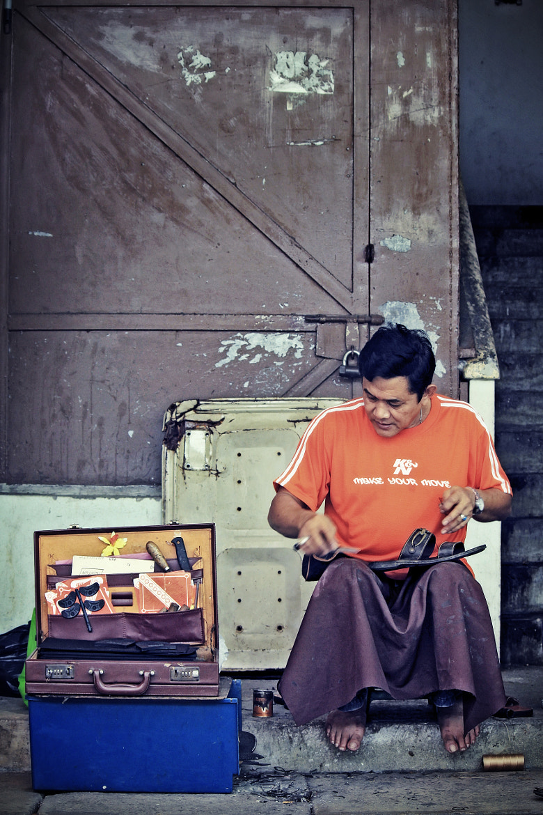 Photograph shoe repairer by Armizal Masli on 500px