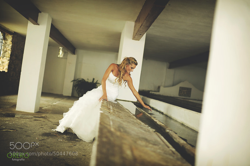 Photograph Novia en el lavadero by Manuel Orero on 500px