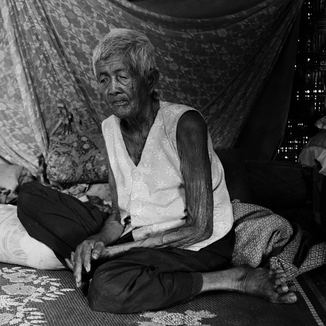 Photograph Old woman in Cambodia by Josep Girona on 500px