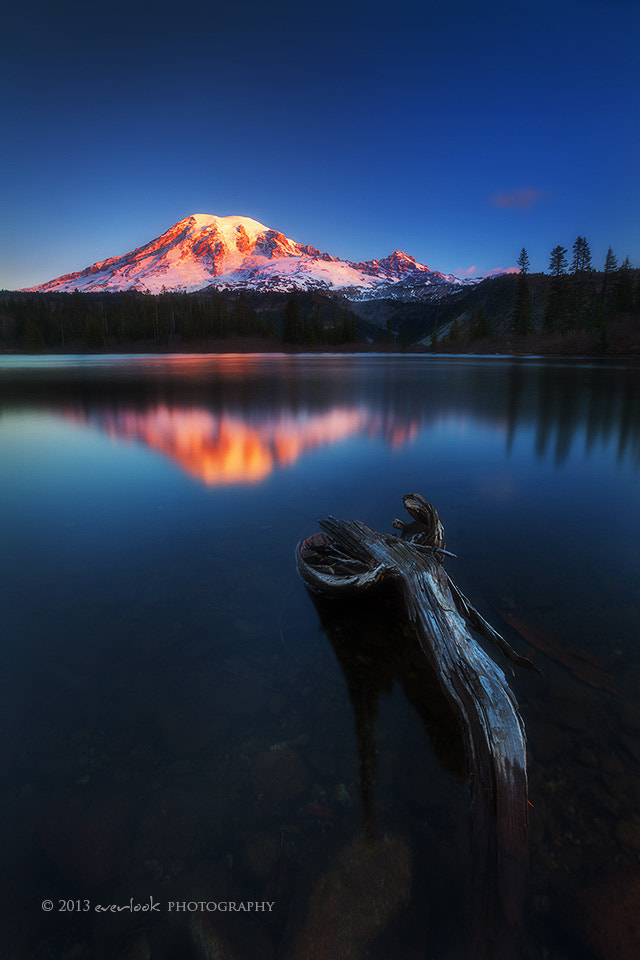 Photograph Take a seat by Dylan Toh  & Marianne Lim on 500px