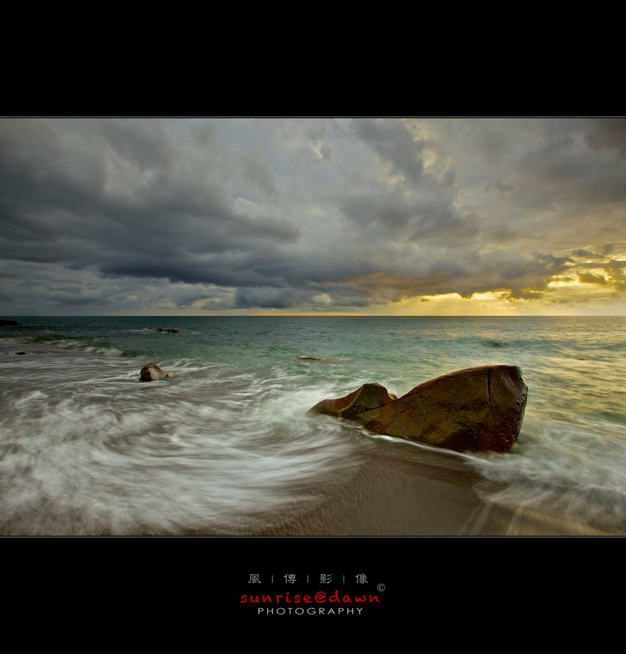 Photograph Rocks, Waves & Clouds by SUNRISE@DAWN photography 風傳影像 on 500px