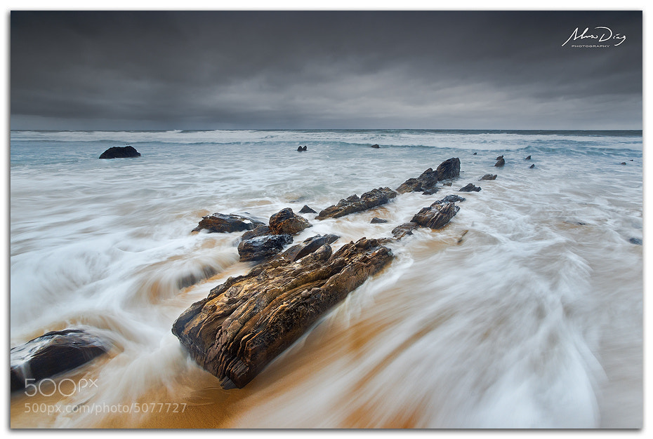 Photograph Tide attack by Alonso Díaz on 500px