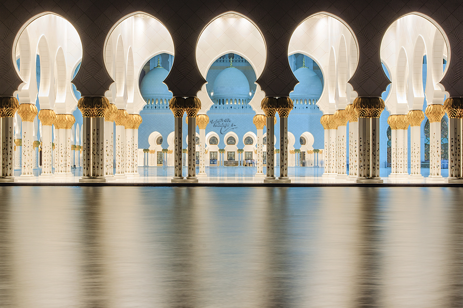 Photograph Similarity Zayed Mosque by mooka altwijri on 500px