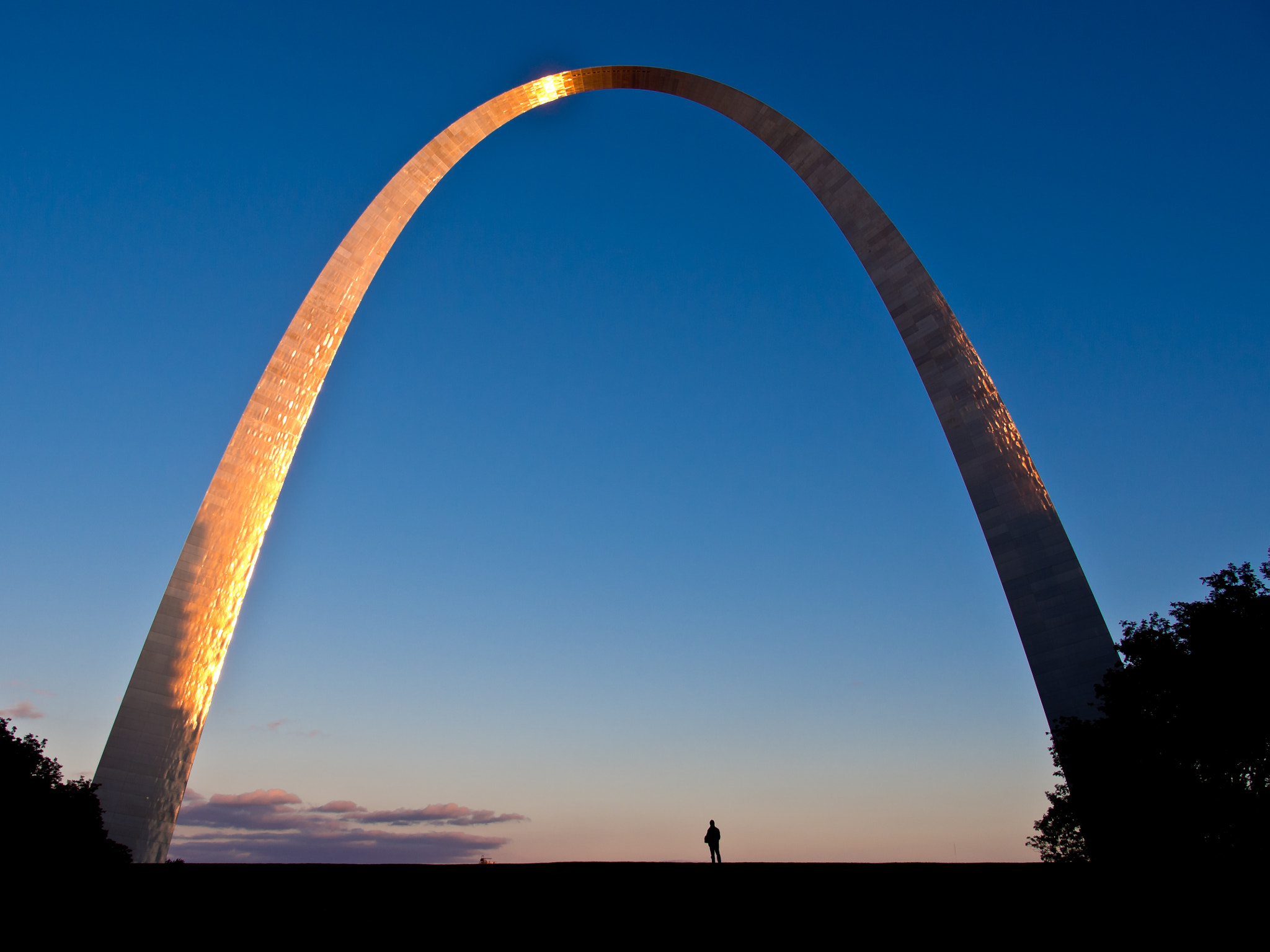 Photograph Gateway Arch by Arno Gölzer on 500px