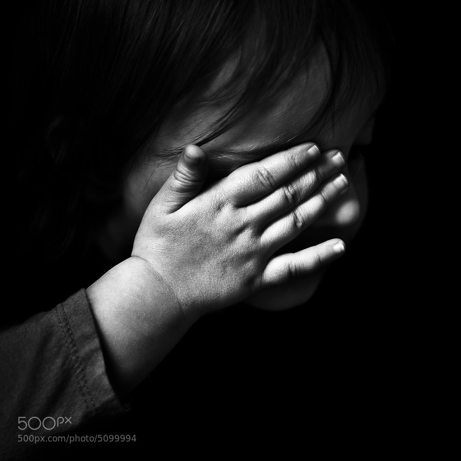 Photograph La main by Benoit COURTI on 500px