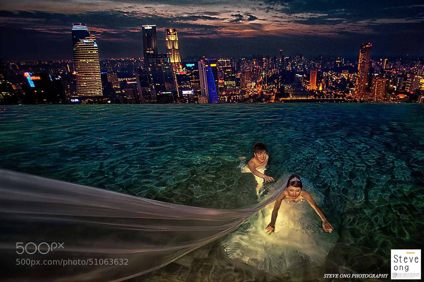 Photograph Love In Marina Bay Sands Swimming Pool Sg By Steve Ong On 500px