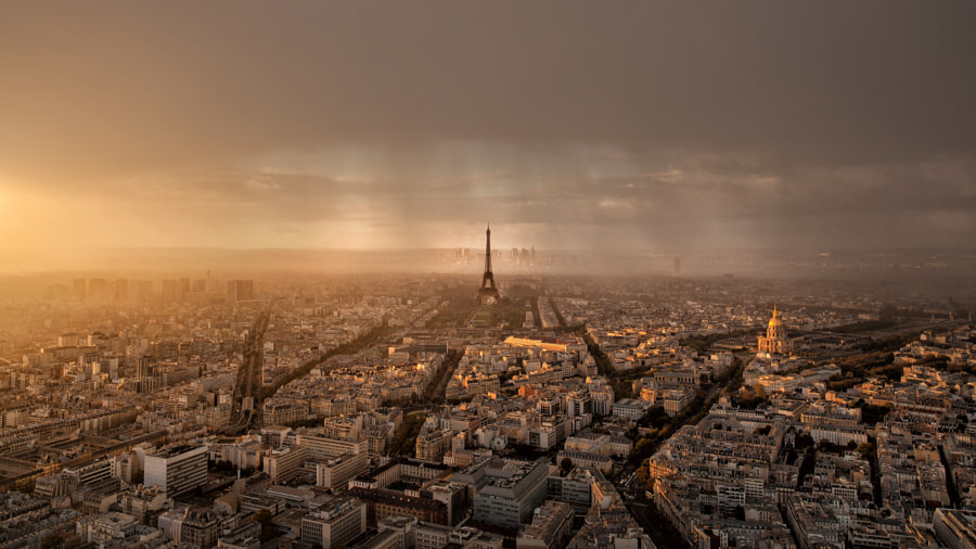 Paris • Sunset and Rain by Thomas Fliegner on 500px.com