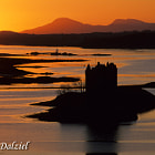 Постер, плакат: Castle Stalker Sunset