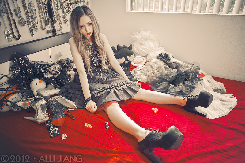 Photograph [on my bed] - stephanie doll by Alli Jiang on 500px