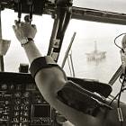 Evergreen S-61 approaches Sedco 706 in Gulf ofAlaska