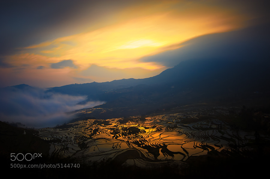 Photograph Hani rice terrece in Yuanyang by Tonnaja Anan Charoenkal on 500px