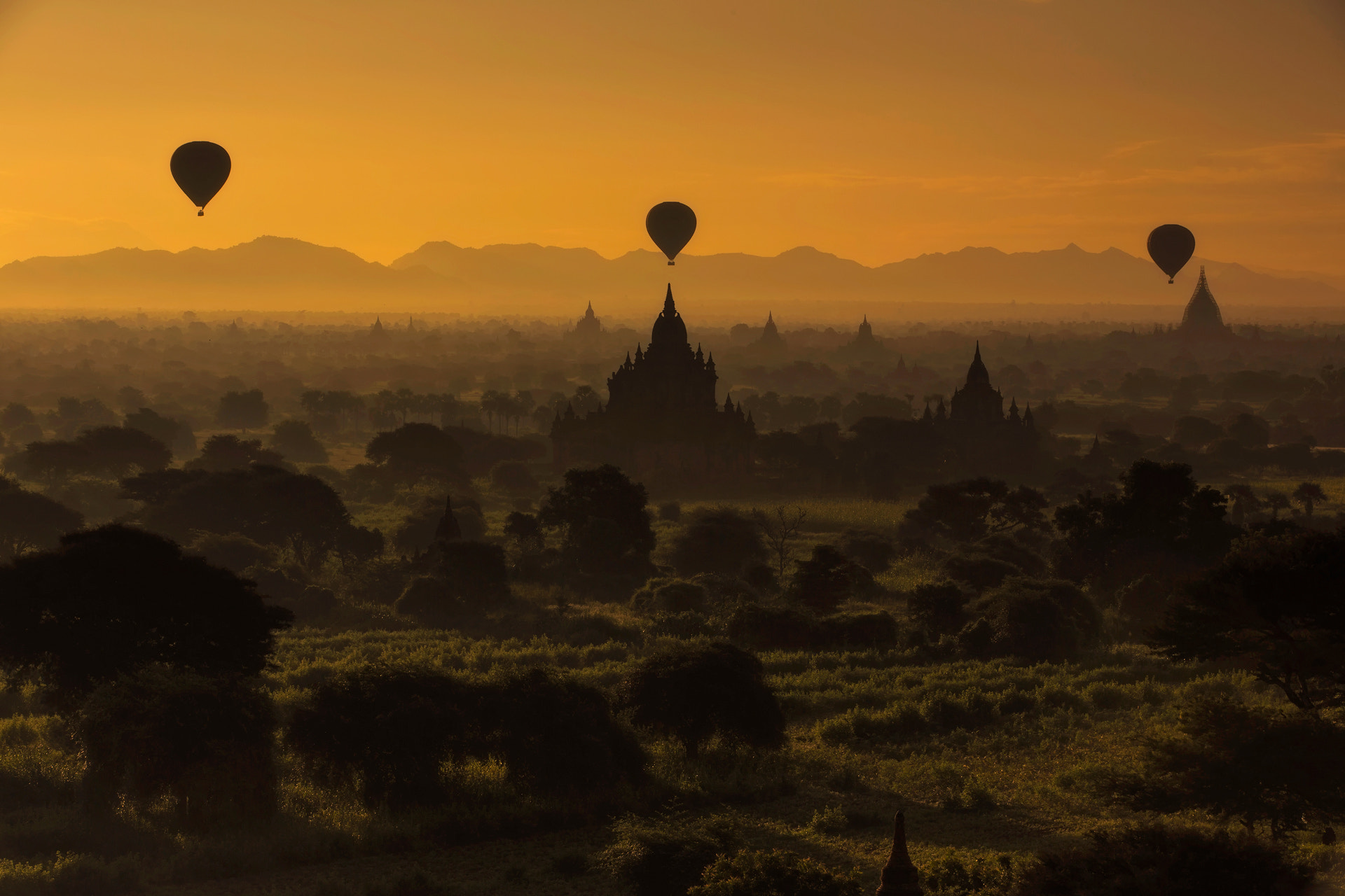 Photograph Bagan sunrice II by Nattapong Pianchalengek on 500px