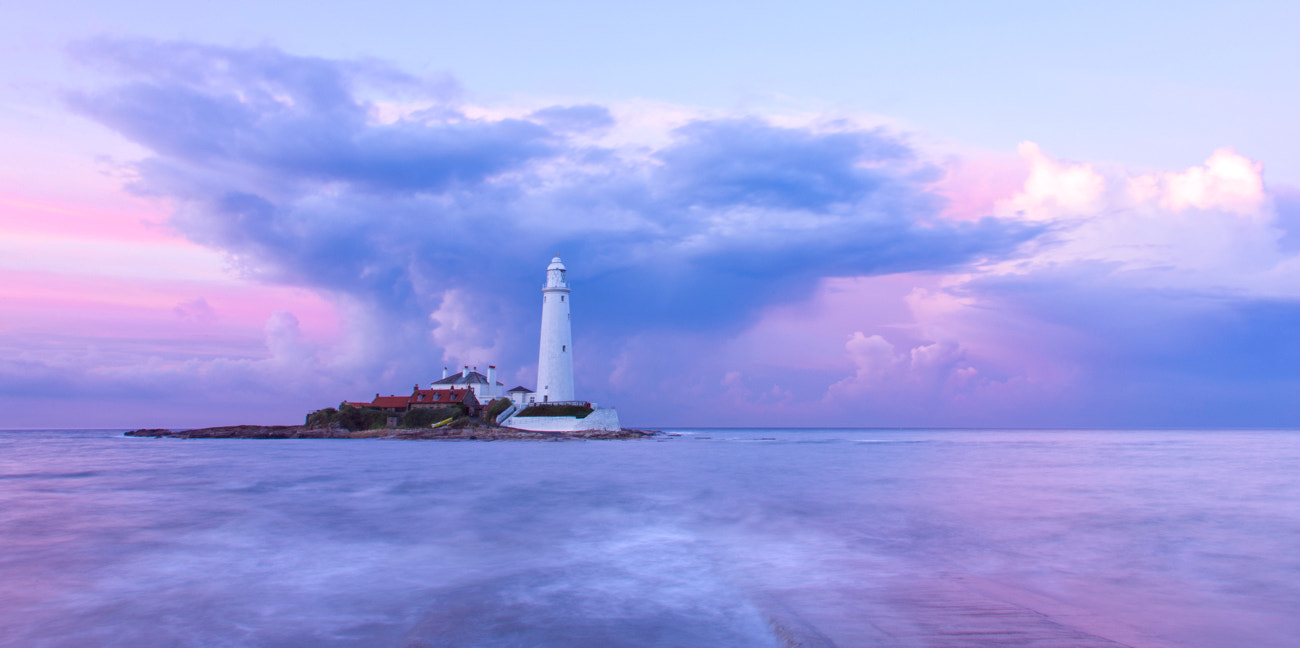 Photograph St Marys Lighthouse by Billy Currie on 500px