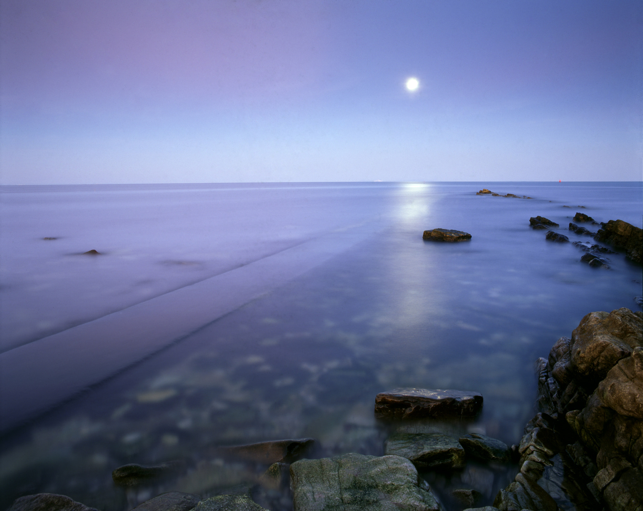 Photograph Moonrise by Sean Lewis on 500px