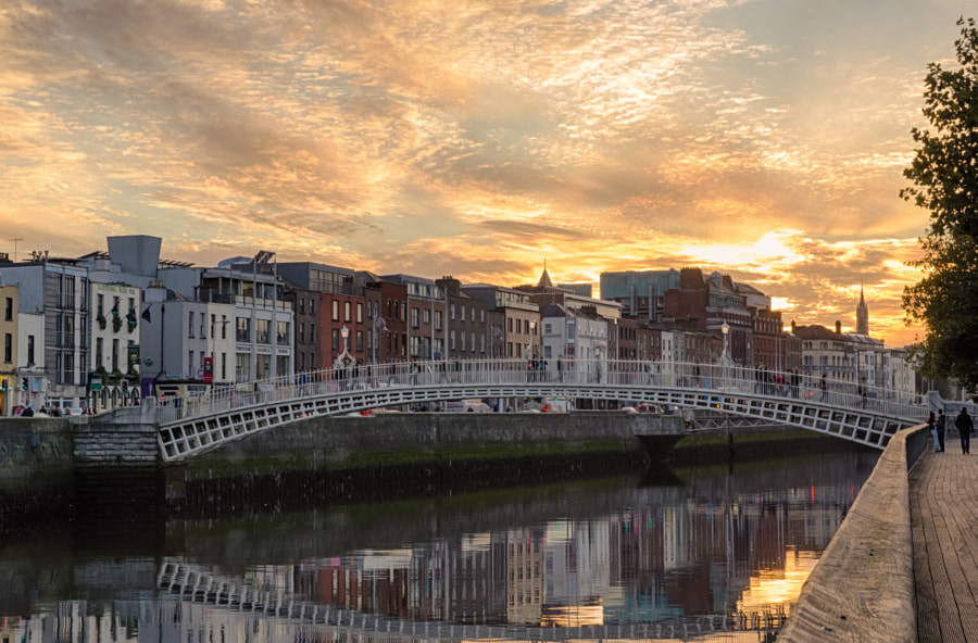 Photograph Dublin - Ha'penny Bridge by Luca Quadrio on 500px