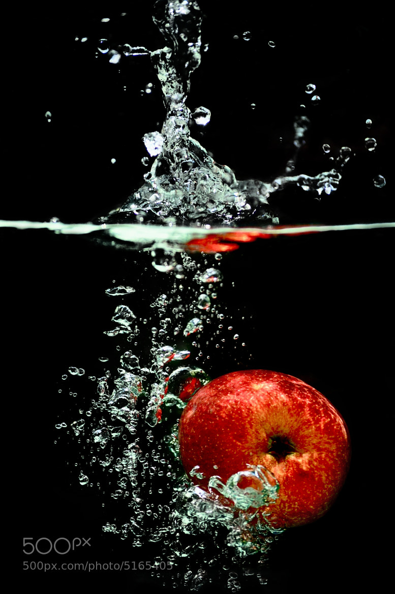 Photograph Red Apple by Jesus Martinez on 500px
