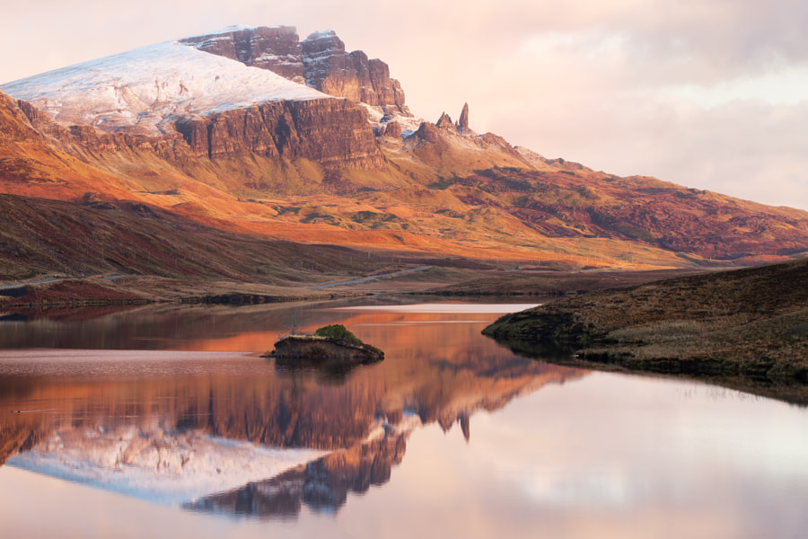 First light on the Old Man of Storr. The conditions where wonderful, quiet and tranquil.