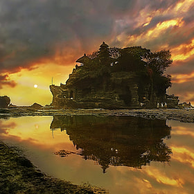 Tanah Lot Temple, Bali by Ketut Manik (ketutmanik)) on 500px.com