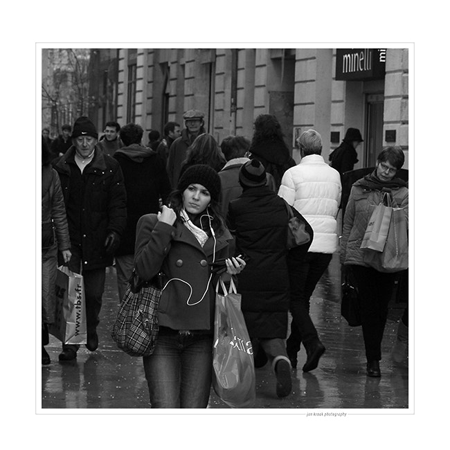 First day of the sales is always ood for a lot of people in the streets of Bordeaux (France).
