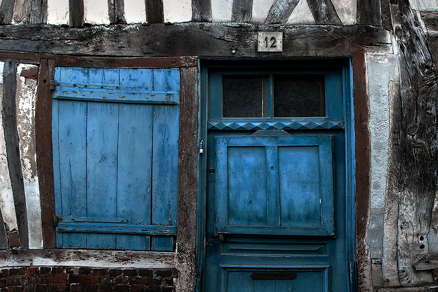 Photograph blue entry by Gilbert Claes on 500px