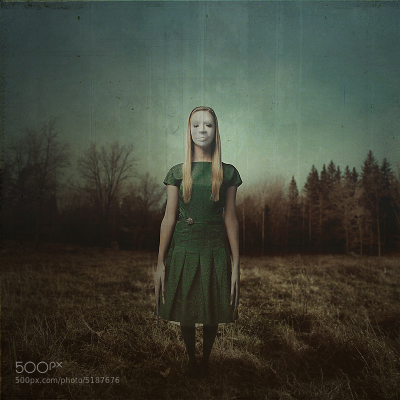 Photograph Mrs intruder by Tomasz Zaczeniuk on 500px