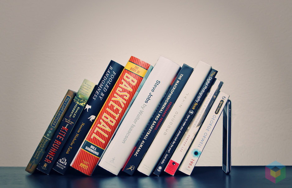 Photograph Galaxy Note bookshelf by The Tech Block on 500px