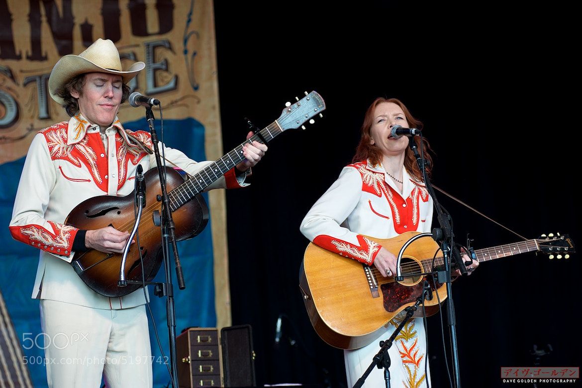 Photograph Gillian Welch & Dave Rawlings by Dave Golden on 500px