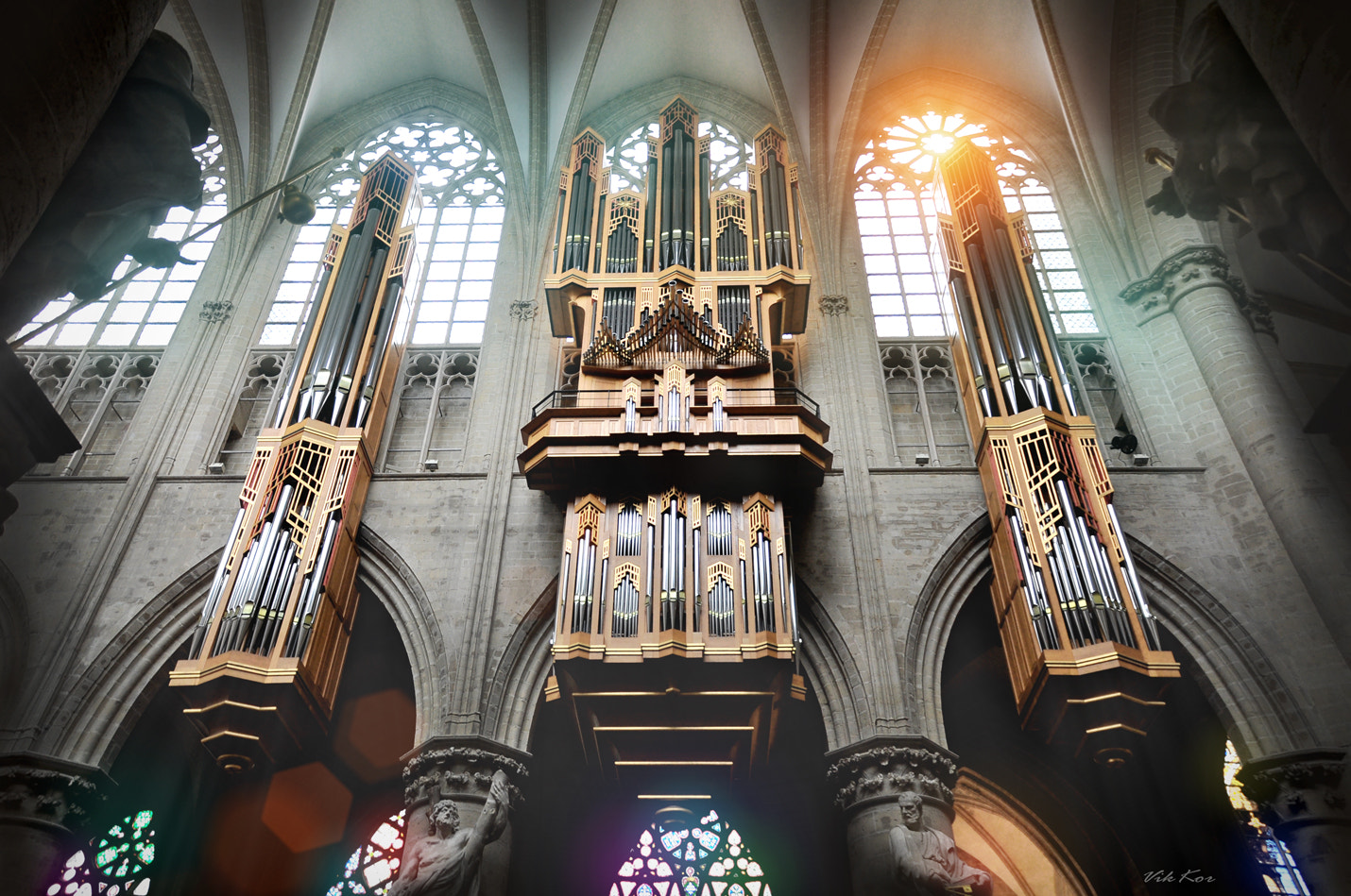 Photograph Organ in Brussels Cathedral by Viktor Korostynski on 500px