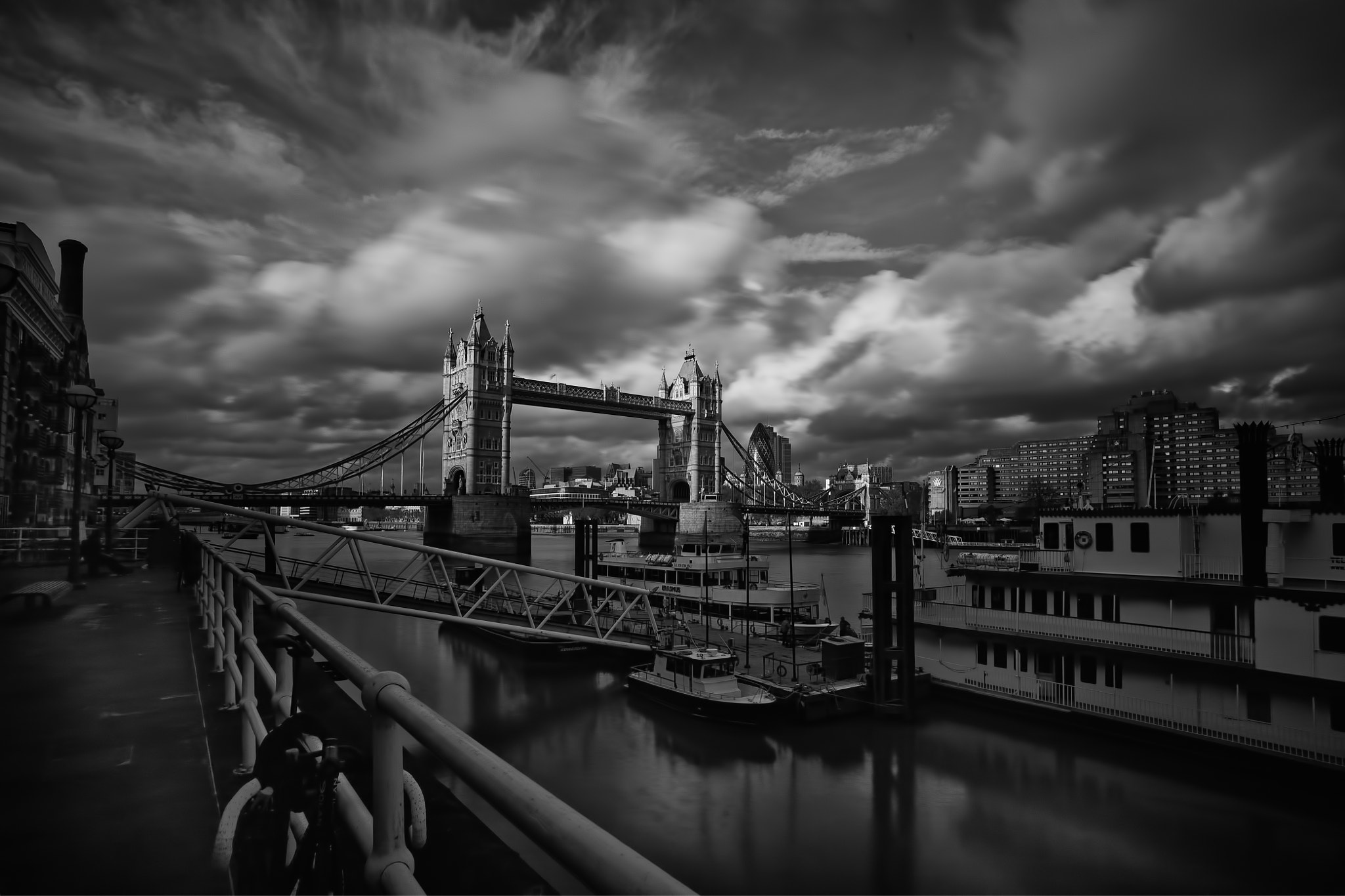 Photograph Tower Bridge by Dean Bedding on 500px