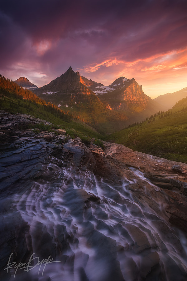 Into The Valley by Ryan Dyar on 500px.com