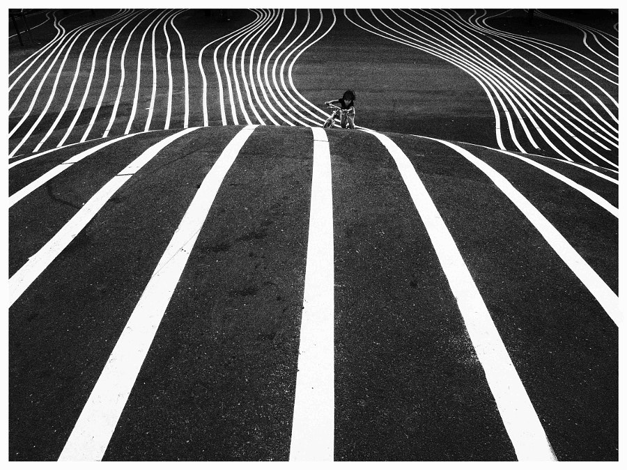 follow the lines by ulrik teisner on 500px.com