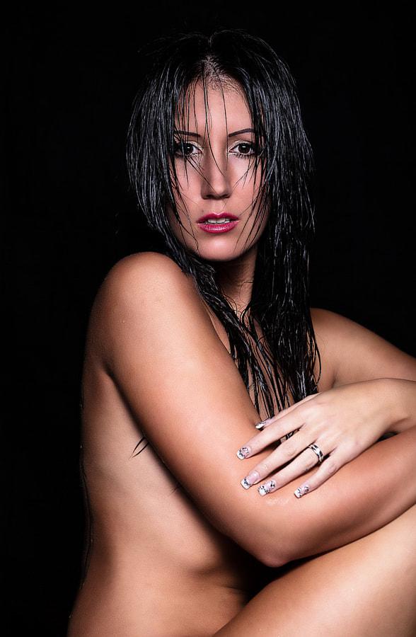Jasmin Wet 1
