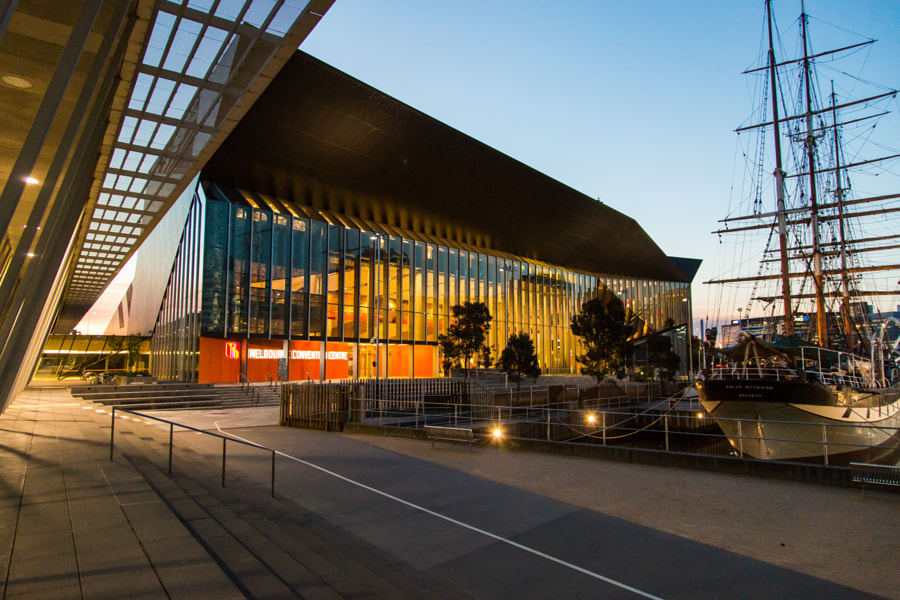 Melbourne Convention Center by David Klasens on 500px.com