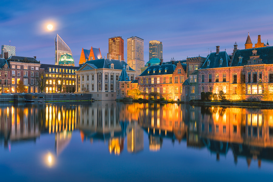 Full moon over the Hofvijver - The Hague, The Netherlands by Bas Meelker on 500px.com
