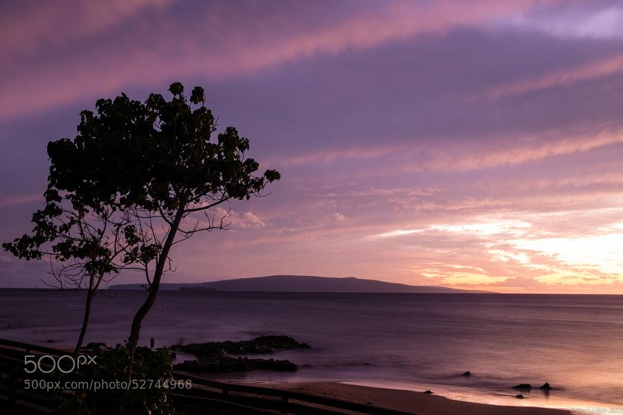 Colorful sunset over Kama'ole Beach.