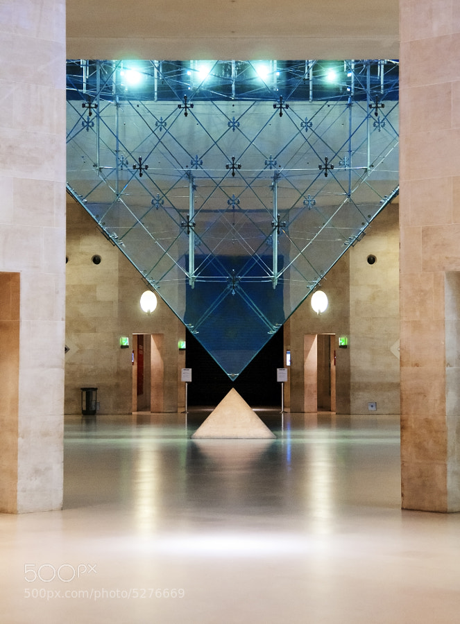 Photograph Inverse Pyramide Louvre by Eric Schaeff on 500px