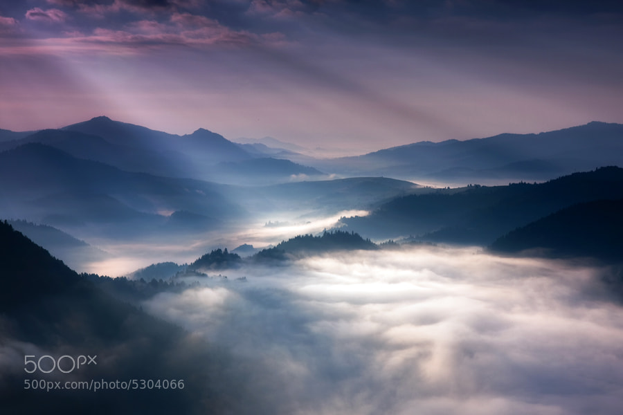 Photograph Rays by Marcin Sobas on 500px