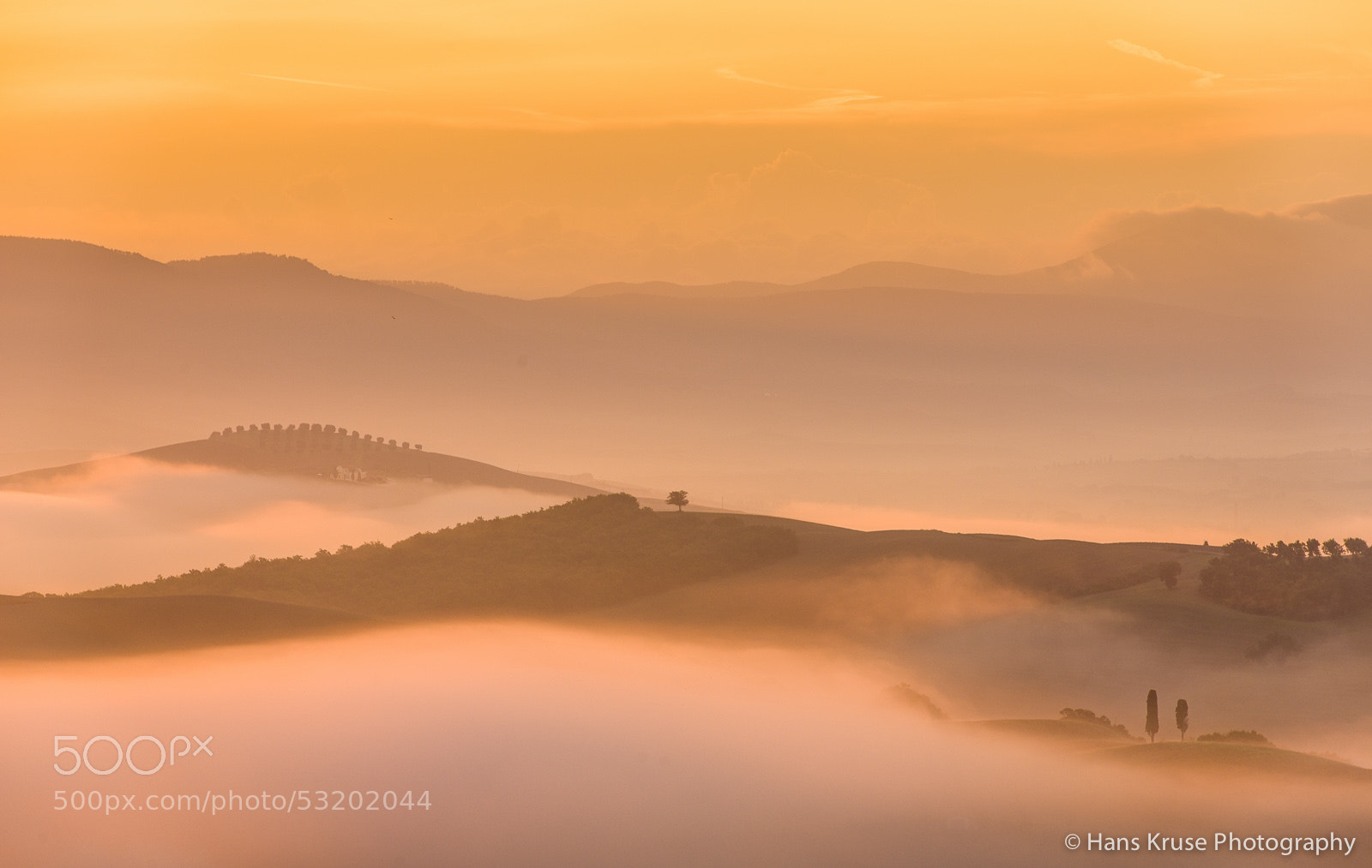 Photograph Morning sun over Tuscan fields by Hans Kruse on 500px
