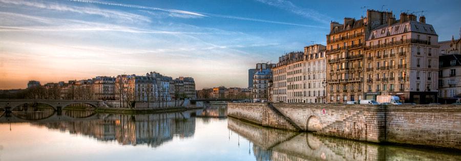 The Seine in the morning Paris
