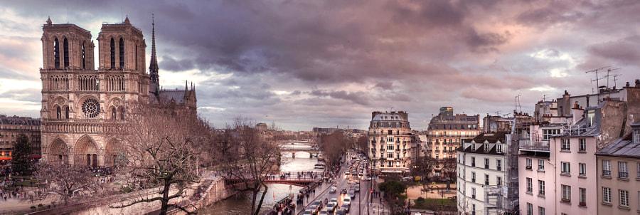 Panoramic of Notre Dame Paris