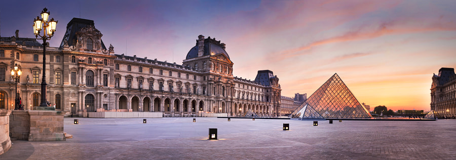 Panoramic of the Louvre evening