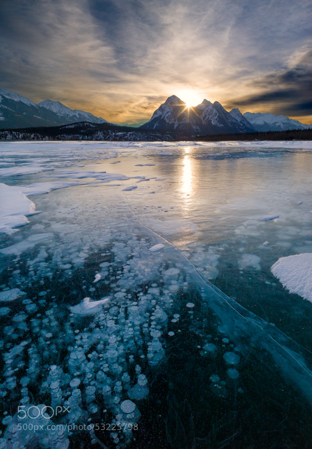 Sunrise in the Abraham Lake by Hiroaki  Kobayashi on 500px.com