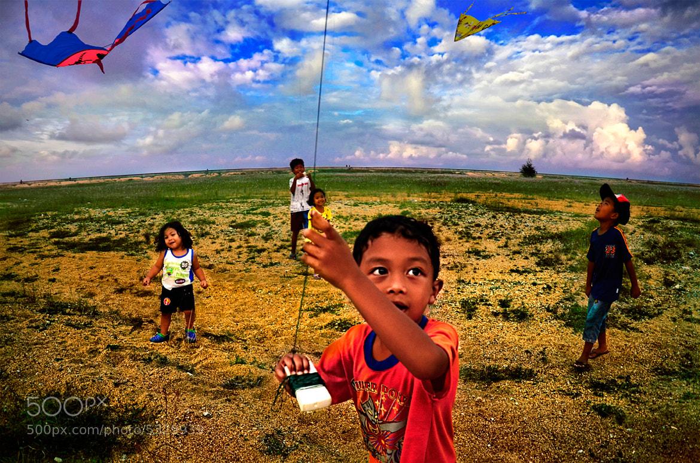 Photograph Playing Kites 3 by YongNYong on 500px