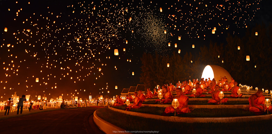 Yi Peng : Floating Lanterns Festival @Thailand by noomplayboy  on 500px.com